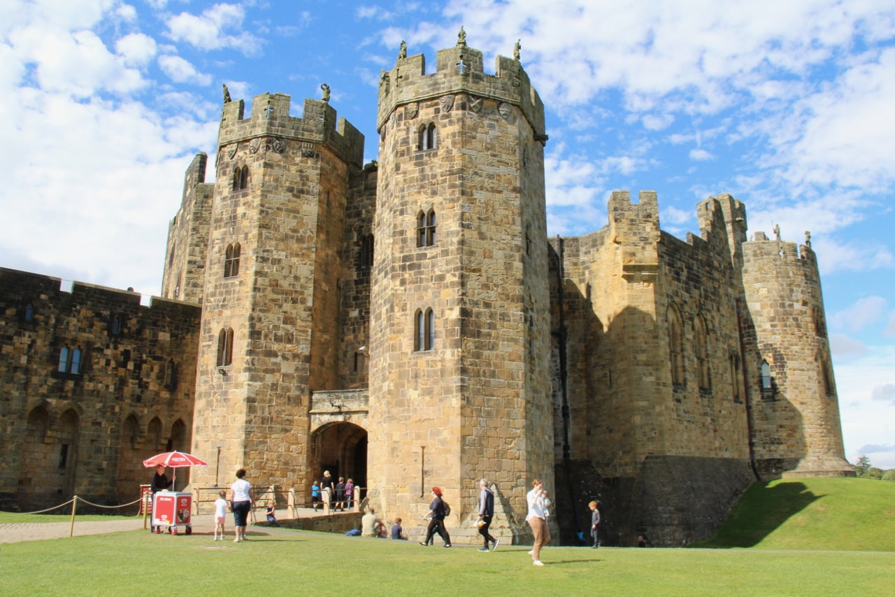 Alnwick Castle | Just A Perfect Day Out With Your Kids in ...